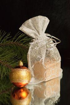 Free Gift Bag Stock Photos - 17280573