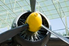 Free Plane Propeller Royalty Free Stock Photos - 17282028