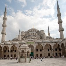 Free Court In Mosque Royalty Free Stock Photos - 17285788