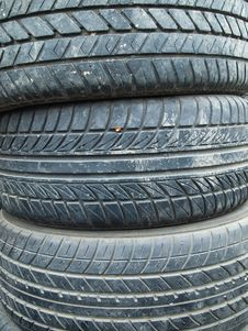 Free Old Tire Stock Image - 17285971