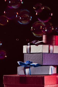 Free Gifts And Bubbles Stock Photography - 17286102