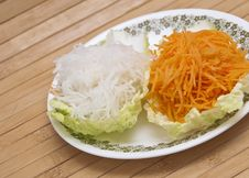 Free Fresh Grated Carrots And Daikon Radish Royalty Free Stock Photography - 17290537