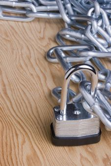 Free Lock And Chain Stock Photos - 17293213