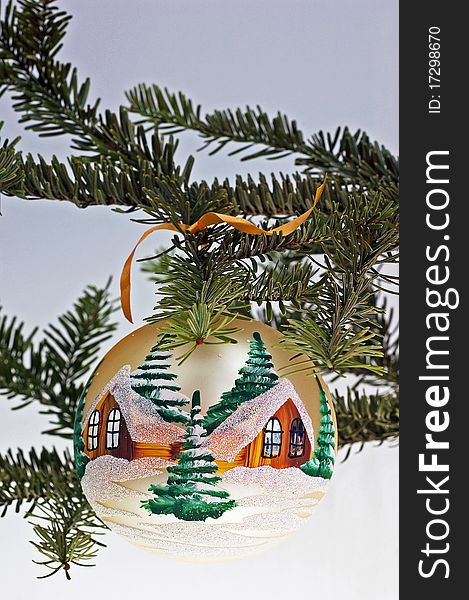 The Christmas tree and the glass ball