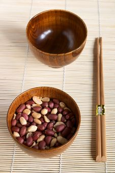 Free Bamboo Dish With Peanuts Stock Image - 1731801