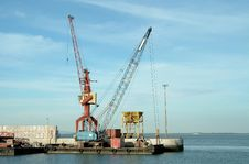 Free Cranes On Port Royalty Free Stock Photography - 1738467