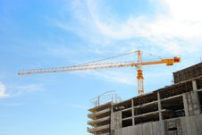 Free Crane On The Building Royalty Free Stock Photo - 17300255