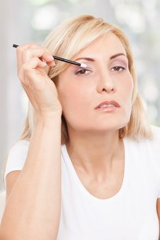 Free Beauty Woman Making-up Stock Photos - 17301113
