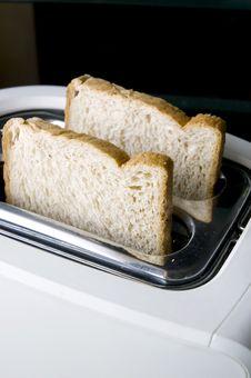 Free Wheat Bread On Toaster Royalty Free Stock Photo - 17301245