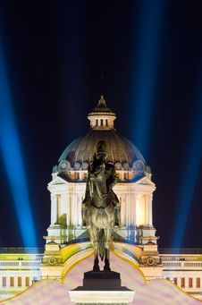Free The Ananda Samakhom Throne Hall In Bangkok Royalty Free Stock Photo - 17301455