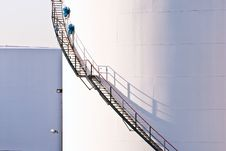Free White Tanks In Tank Farm With Blue Sky Royalty Free Stock Image - 17301946
