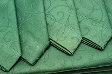 Free Green Tablecloth And Napkin Stock Photography - 17301972