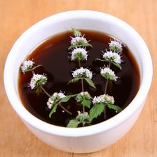 Free Tea With Flowers Of Peppermint Royalty Free Stock Images - 17304919