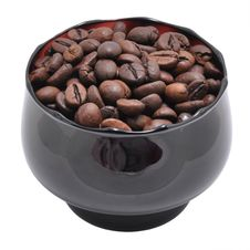 Free Grains Of Coffee Are In A Cup Royalty Free Stock Photography - 17305807