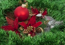 Free Christmas Red Ball On Green Decoration Stock Image - 17308231
