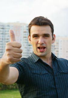 Free Сasual Man Showing Thumb Up Royalty Free Stock Image - 17311646