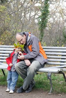 Free Father And Son Outdoors Royalty Free Stock Photography - 17312477