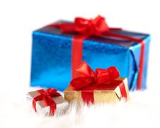 Free Small Gift Boxes Over A Big One Isolated On White Royalty Free Stock Images - 17312699