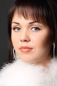 Free Fashion Model Girl In White Fur Royalty Free Stock Photos - 17313068