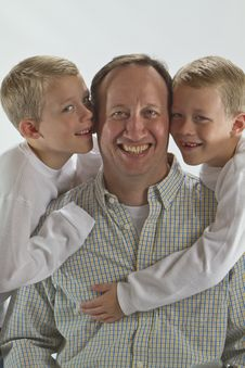 Free Happy Dad Gets A Fathers Day Hug And A Kiss Royalty Free Stock Photo - 17314575