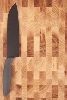 Free Kitchen Knifes Isolated On Wooden Background Royalty Free Stock Images - 17315869