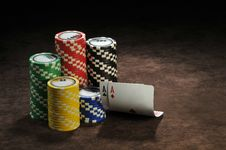 Free A Pair Of Aces And Chips Stock Photography - 17316102