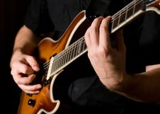 Free Guitar Playing Royalty Free Stock Photo - 17318315
