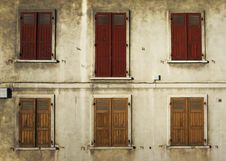 Free Shutters Royalty Free Stock Images - 17321989