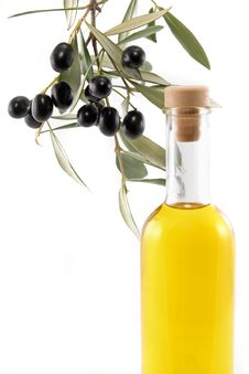 Free Virgin Olive Oil Royalty Free Stock Photos - 17322838