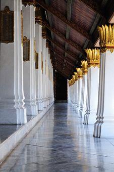 Free Wat Phra Keaw Walkway Royalty Free Stock Photos - 17322928
