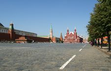Free Red Square On A Summer Day, Moscow, Russia Royalty Free Stock Photos - 17323138