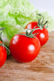Free Fresh Tomato Royalty Free Stock Photo - 17327315