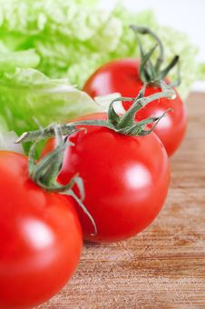 Free Fresh Tomato Royalty Free Stock Photo - 17327335