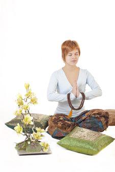 Free Girl Meditating Stock Images - 17330894
