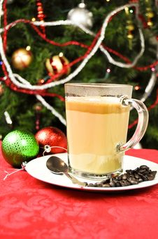 Free Christmas Cappuccino Royalty Free Stock Photo - 17331425