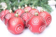 Free Christmas Tree Bulbs Royalty Free Stock Images - 17334999