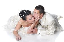 Free Groom Kissing Bride Royalty Free Stock Photography - 17335447