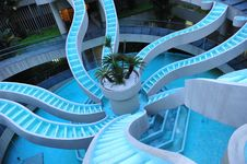 Free Spiralling Water Feature Royalty Free Stock Photos - 17336878