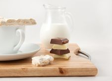 Breakfast With Milk And Chocolate Royalty Free Stock Photo