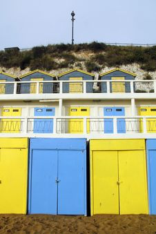 Free Blue And Yellow Beach Huts Royalty Free Stock Image - 17338426