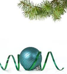 Free Christmas Balls And Christmas Tree Royalty Free Stock Photo - 17338975