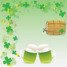 Free Green Beer And Wooden Keg Royalty Free Stock Photography - 17339957