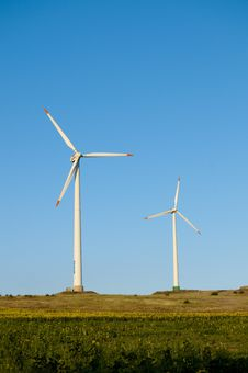 Free Wind Power Turbines Stock Images - 17341094