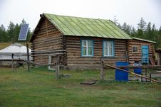 Free Traditional House In Mongolia Royalty Free Stock Image - 17342366