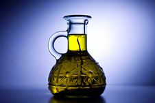 Free Oil Bottle Royalty Free Stock Photos - 17342448
