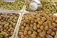 Free Olives Royalty Free Stock Images - 17344329