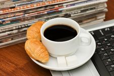 Free Cup From Coffee And The Newspaper Stock Photos - 17345123