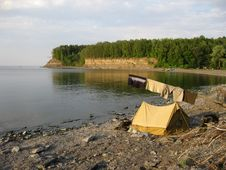 Free Tent On The Bank Of Volga Stock Images - 17347264