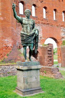 Free Statue Of Caesar Augustus Stock Images - 17348244