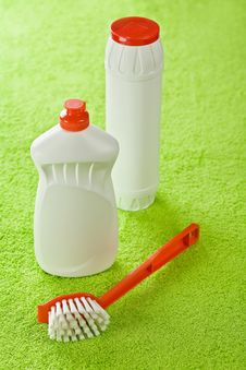 Free Brush And White Bottles On Green Background Royalty Free Stock Image - 17351186